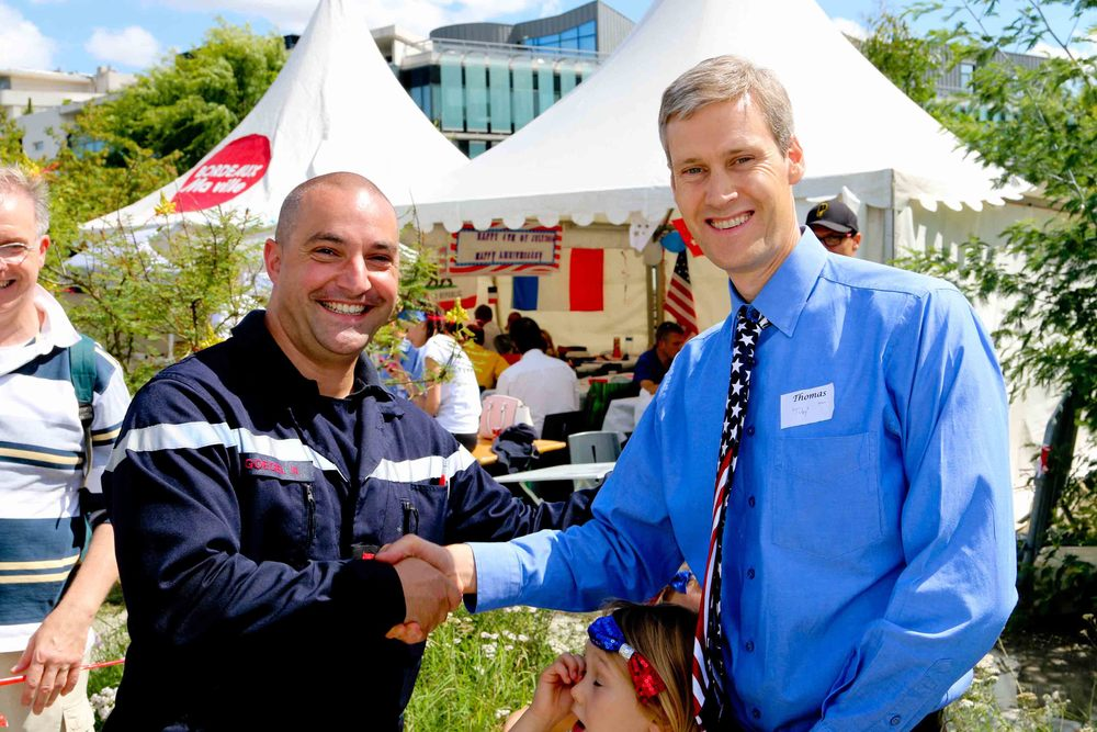 Local Fireman and U.S Consul General, Thomas Wolf
