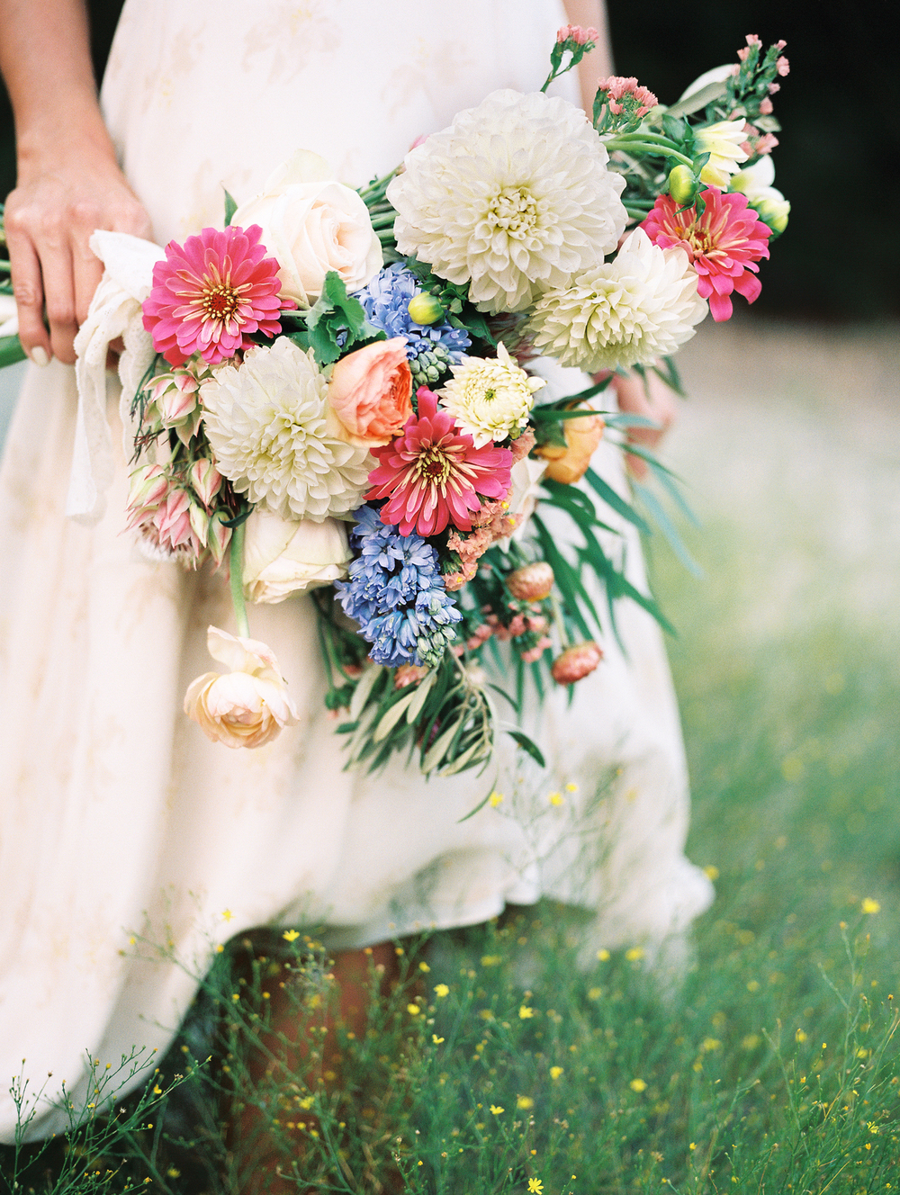 florals by Everly Alaine Florals // photo by Danielle M. Sabol