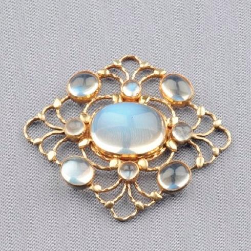 Vintage Arts & Crafts moonstone pendant