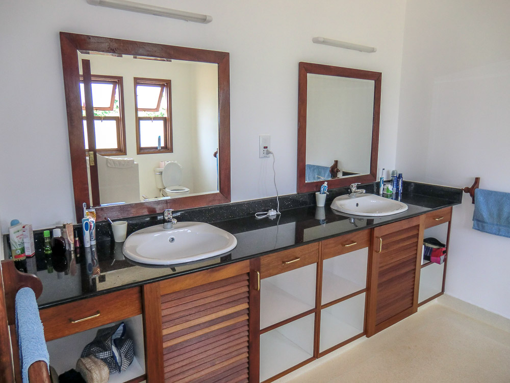 Vipingo Plot F93 - Bathroom.jpg