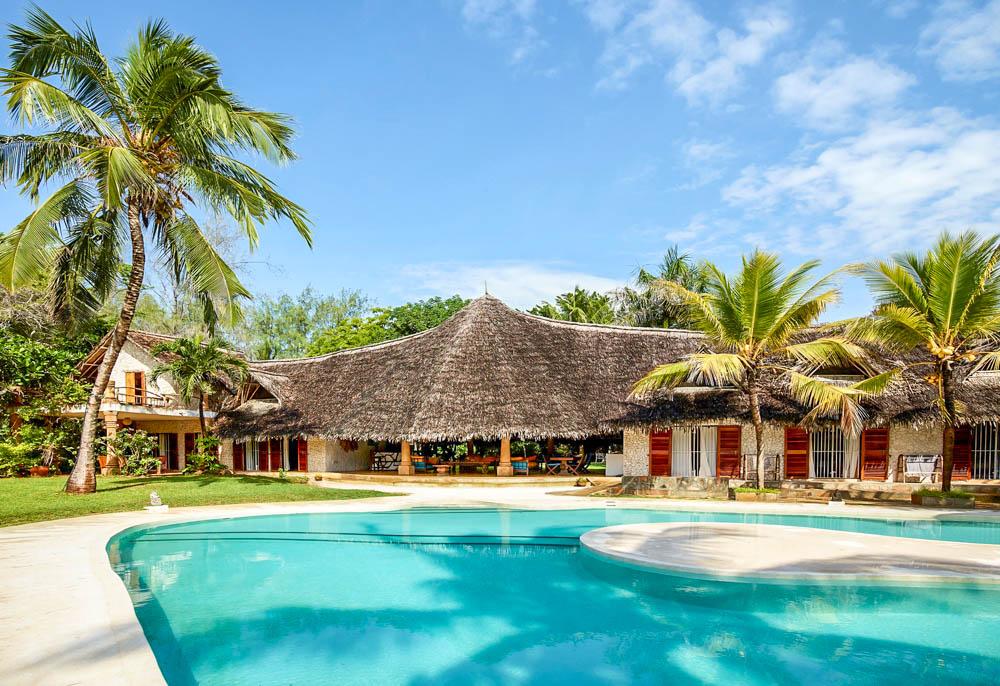 Bulloch House - Bofa BeachSleeps 14KES 30,000 to 40,000 per day