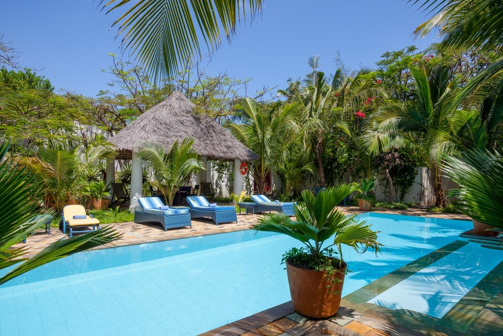 Tanga Ndogo - Bofa BeachSleeps 6 adults + 2 kidsKES 28,000 to 35,000 per day*Air-conditioned*