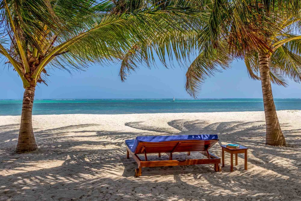 Marula Beach Cottage - DIANI BEACH (GALU)SLEEPS 4FROM KES 30,000 PER DAY (B&B)*AIR-CONDITIONED*