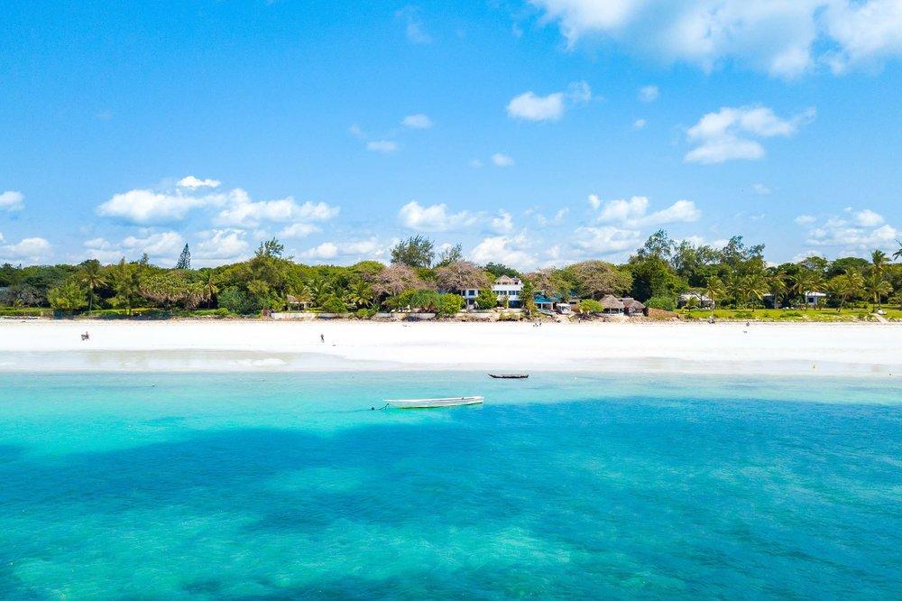 Tequila Sunrise - Diani Beach (Galu)Sleeps 8 Adults + 2 kidsKES 45,000 per day
