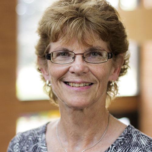 Liz Wuertz - Administrative Assistant for Pr. Arthurliz.wuertz@stpaulswaverly.org