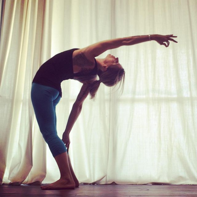4 Ways to Stimulate Creativity Through Yoga: -