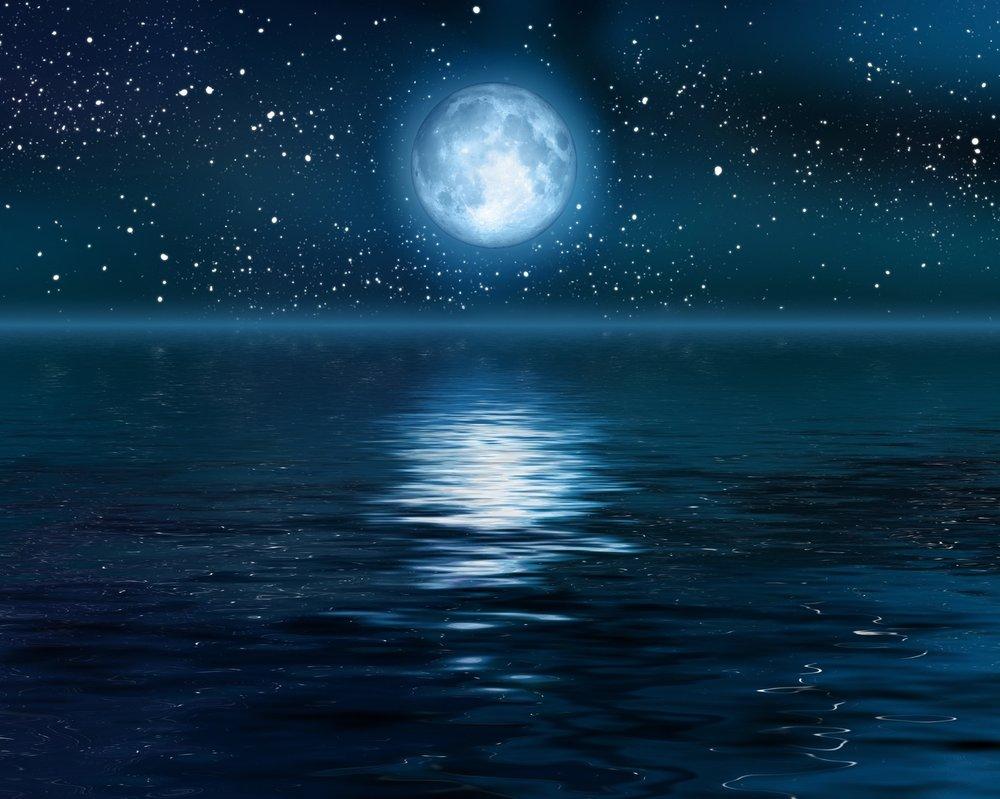 full-moon-over-ocean-reflection.jpg