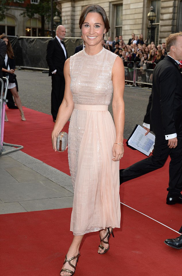 pippa-middleton-GQ-awards1041030914.JPG