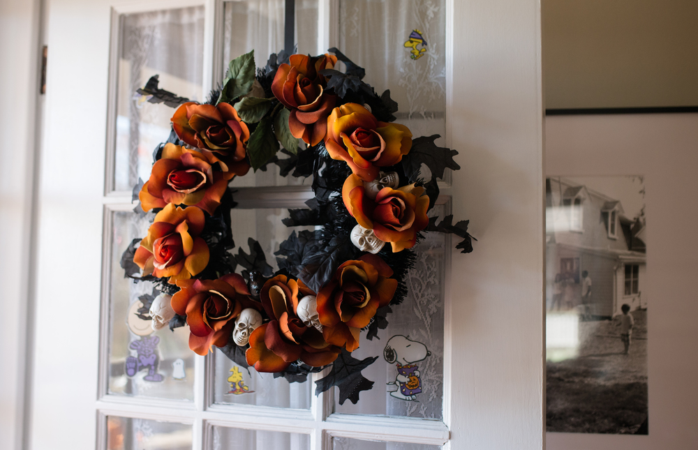 Homemade Wreath by Momma and Josey in 2009 - Always my Halloween favorite. Cheap and Easy.