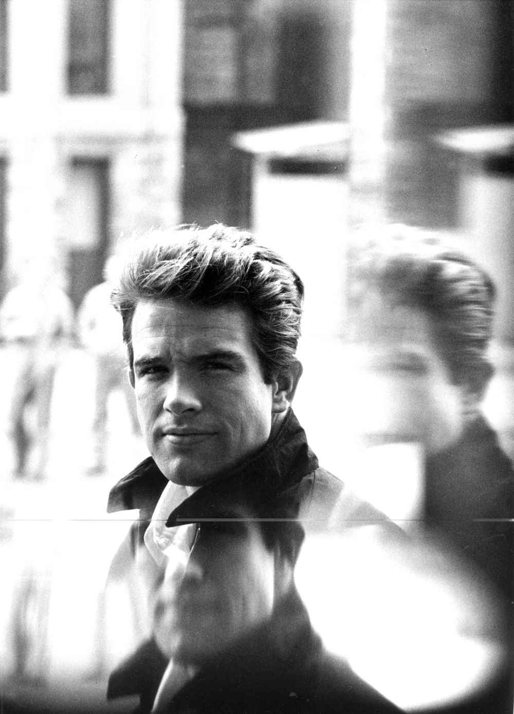 Warren Beatty, 1964 (FMG Photo) copy.jpg