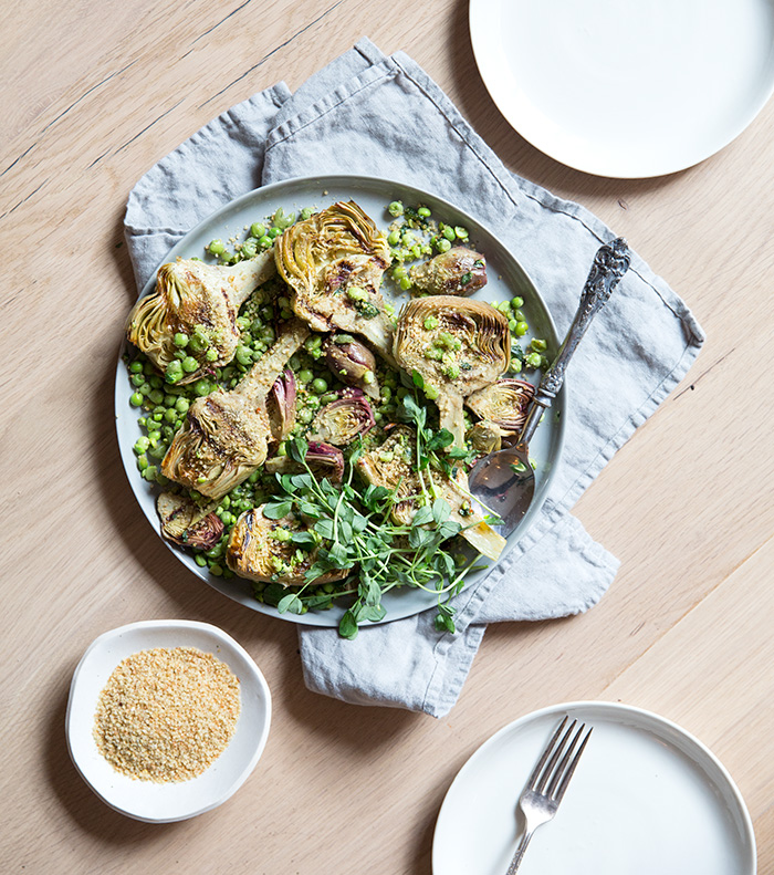 "roasted artichokes + sashed pesto-y peas + quinoa ""bread"" crumbs 