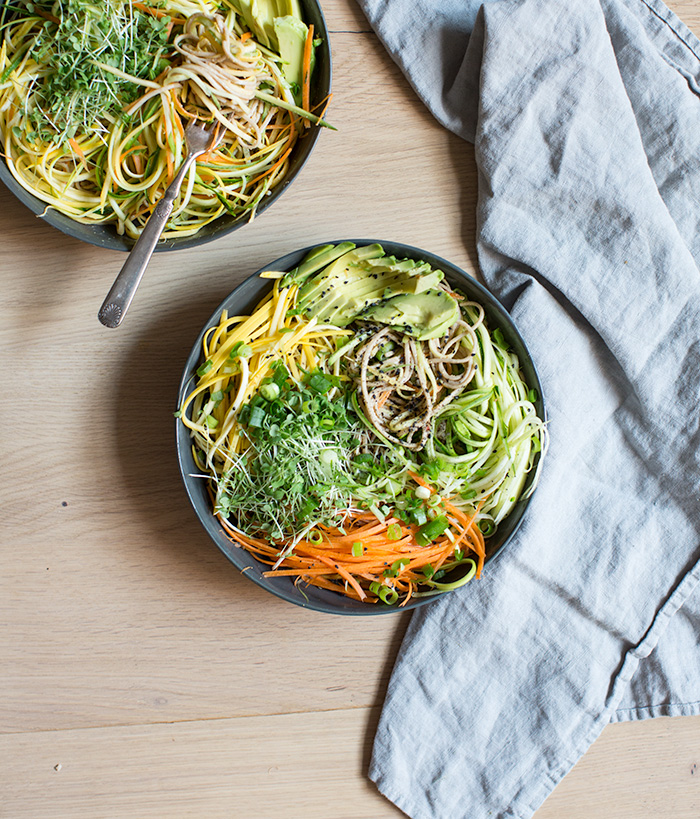 cold soba noodle salad with raw veggie noodles + a spicy sunflower seed sauce | what's cooking good looking
