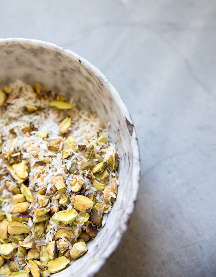coconut cream pie with a pistachio + coconut crust (gf+df)  | what's cooking good looking