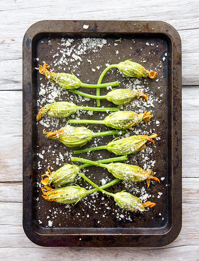 kale pesto + rice stuffed zucchini blossoms with an herbed cashew cream | what's cooking good looking