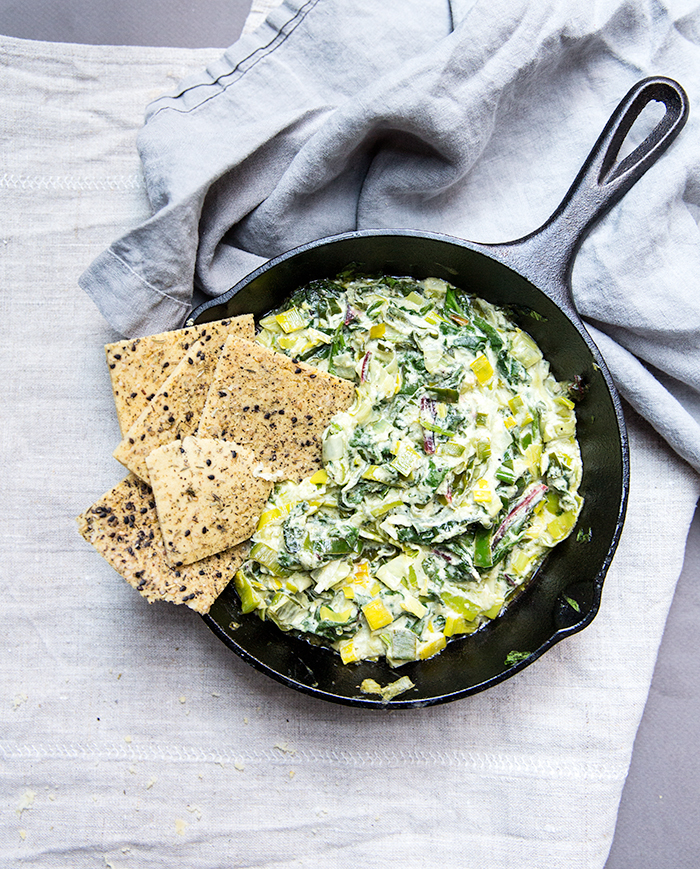 HERBED SOCCA FLAT BREAD WITH CREAMED LEEKS + SPINACH + CHARD  | what's cooking good looking