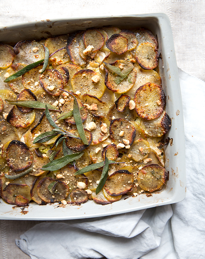 cauliflower + potato + leek gratin with a (gf)df) hazelnut béchamel | what's cooking good looking