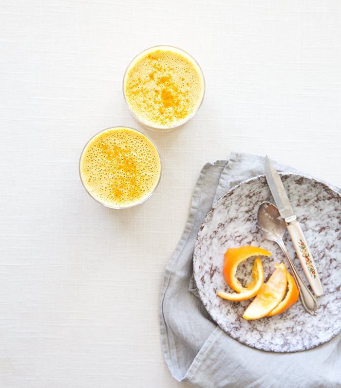 carrot + orange + turmeric (immune boosting!) smoothie | what's cooking good looking