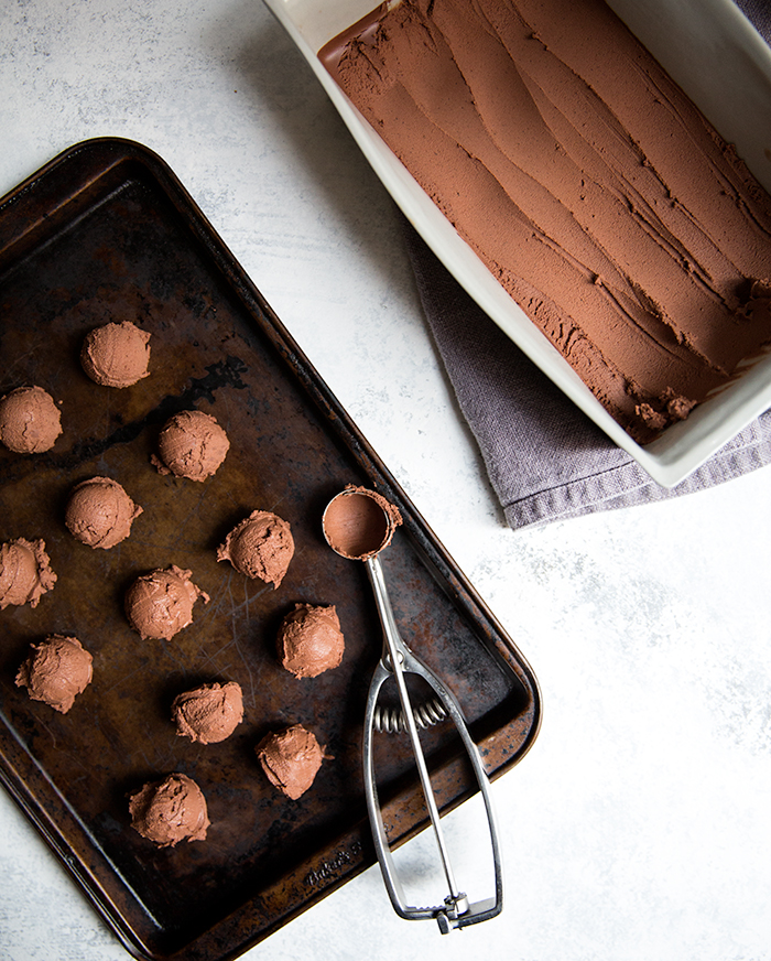 chipotle raspberry chocolate truffles | what's cooking good looking