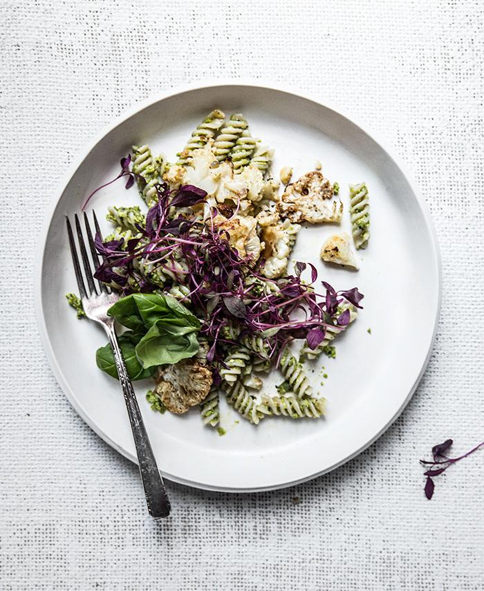 minty pest pesto pasta + crispy cauliflower