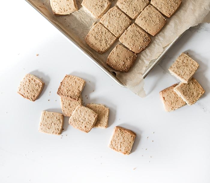 miso sesame shortbread cookies (gf)