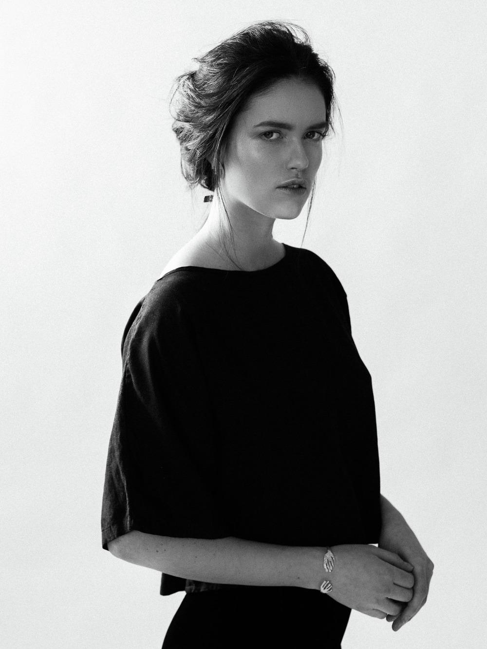 Photographer Jon Duenas. Stylist Kate Rutter.