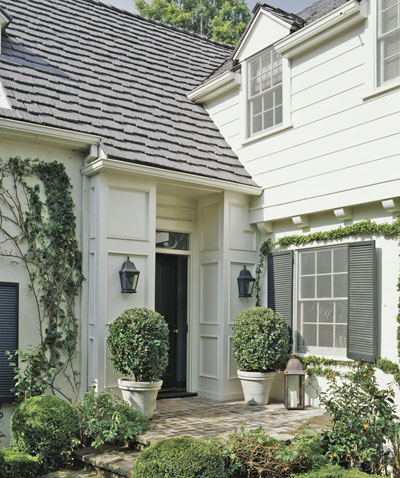 white+house+with+siding.jpg