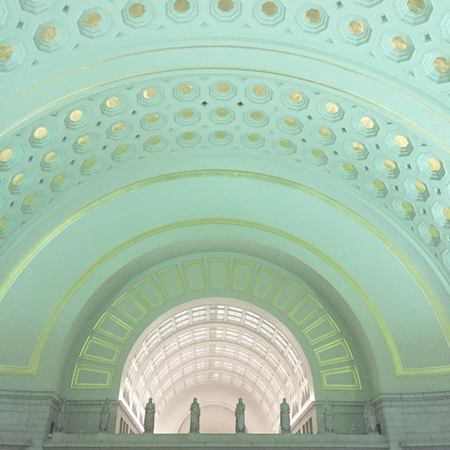The beautiful interior of Union Station. Bye D.C. ⭐️ . . . #architecture #dc #interiors #inspiration #capital #unionstation