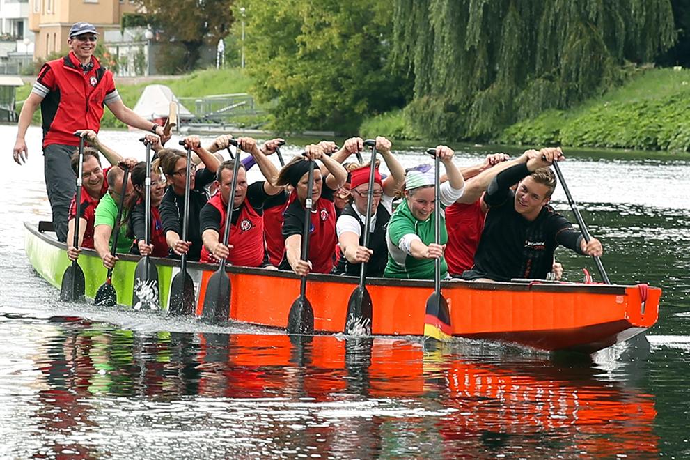 Dragon boat team.jpg