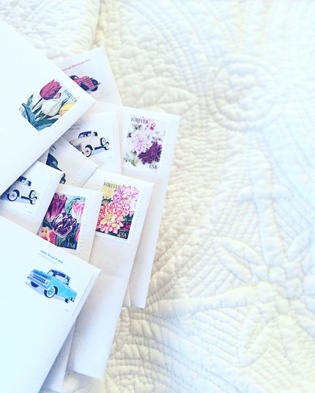✔️letter writing ✔️on a cushy bed ✔️with truck and flower #stamps. I'm missing those #sundayvibes already! Back to the LA grind after THE BEST weekend in MN 💘 • • • • #ivyandink #letter #stationery #snailmail #thankyou #oldschool #flowers #trucks #love