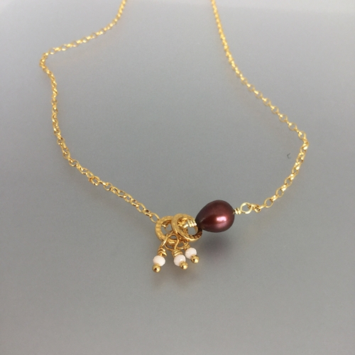 Tuesday July 10th – Gia Necklace: Beginner Level - Chain, metal rings and a fresh water pearl come together to make this delicate necklace. $14.00 (12.87 + 1.13tax)