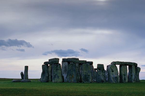 02 - Stonehenge