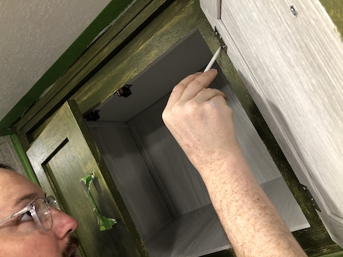Painted the kitchen cabinets -