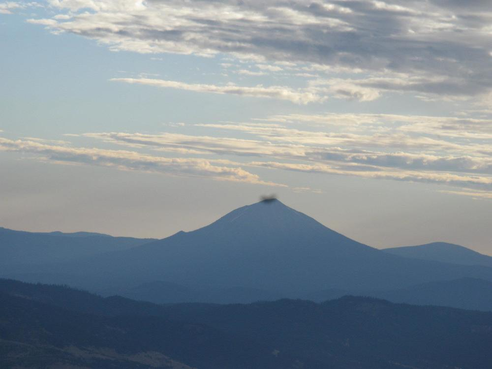Mt. McLoughlin from Wagner butte_6323221801493083335.jpg