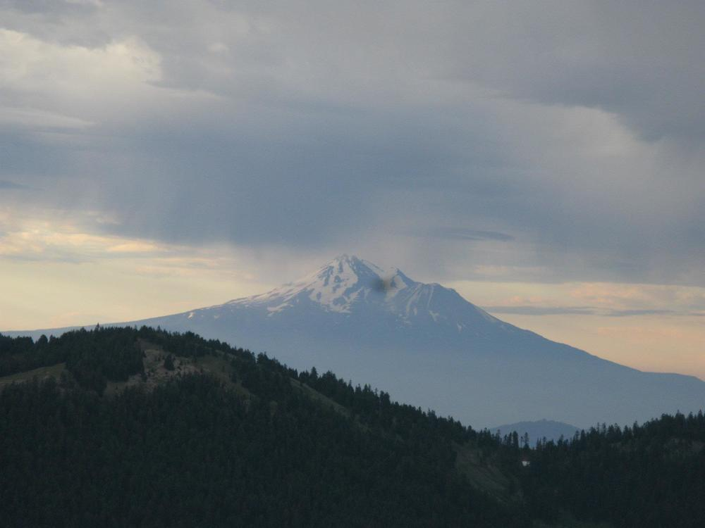 Mt. Shasta from Wagner Butte. Cool because it's se..._6323221801493083333.jpg