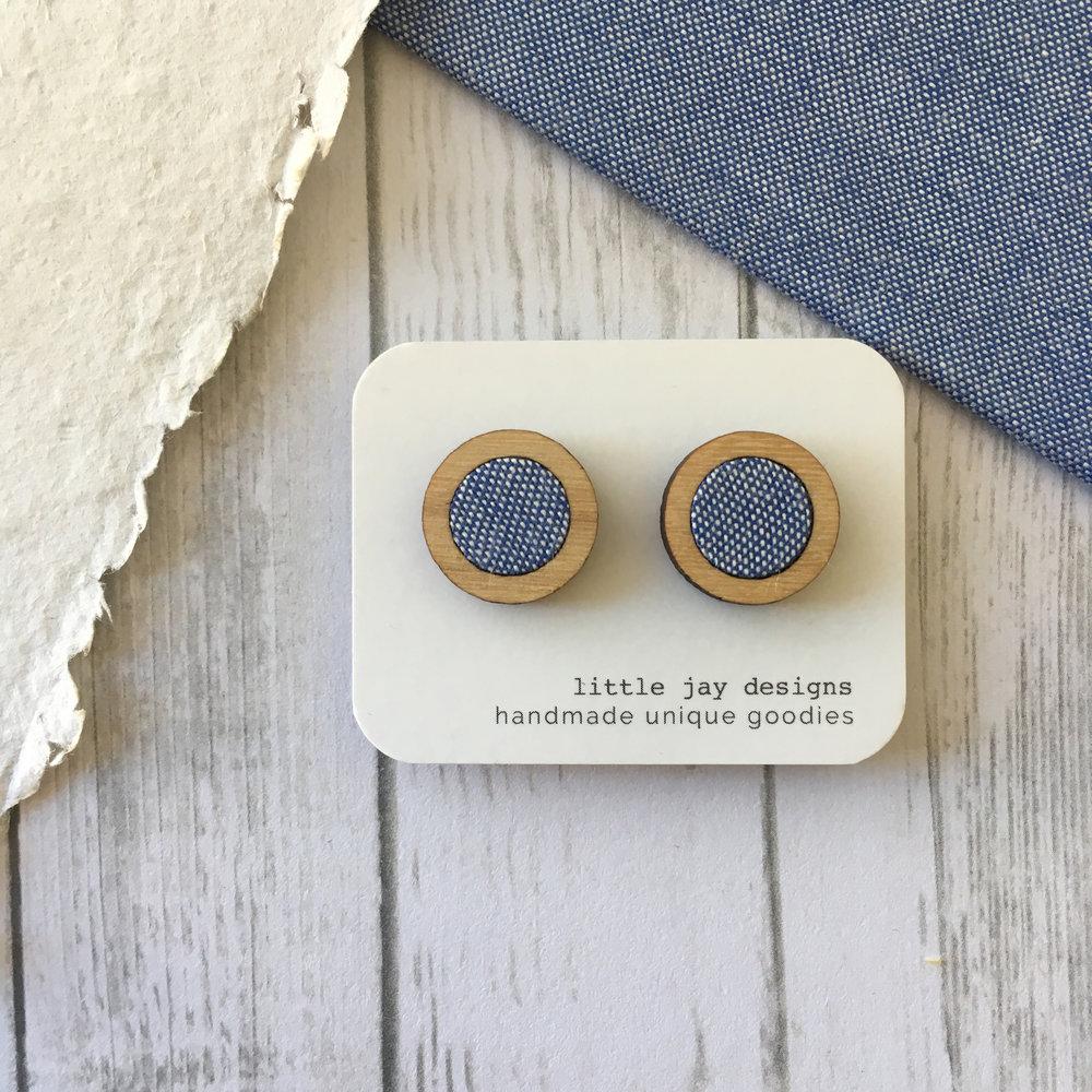 Blue/White - Medium Circle