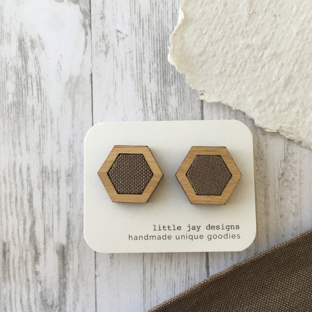 Grey/Charcoal - Medium Hexagon