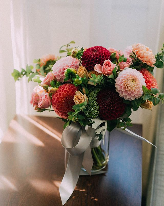 Dahlias are a fave this season, for sure. ⠀⠀⠀⠀⠀⠀⠀⠀⠀⠀⠀⠀⠀⠀⠀⠀⠀⠀⠀⠀⠀⠀⠀⠀⠀⠀⠀ ⠀⠀⠀⠀⠀⠀⠀⠀⠀⠀⠀⠀⠀⠀⠀⠀⠀⠀⠀⠀⠀⠀⠀⠀⠀⠀⠀ ⠀⠀⠀⠀⠀⠀⠀⠀⠀⠀⠀⠀⠀⠀⠀⠀⠀⠀⠀⠀⠀⠀⠀⠀⠀⠀⠀⠀⠀⠀⠀⠀⠀⠀⠀⠀⠀⠀⠀⠀⠀⠀⠀⠀⠀⠀⠀⠀⠀⠀⠀⠀⠀⠀⠀⠀⠀⠀⠀⠀⠀⠀⠀⠀⠀⠀⠀⠀⠀⠀⠀⠀⠀⠀⠀⠀⠀⠀⠀⠀⠀⠀⠀⠀⠀⠀⠀⠀⠀⠀⠀⠀⠀⠀⠀⠀⠀⠀⠀⠀⠀⠀⠀⠀⠀⠀⠀⠀⠀⠀⠀⠀⠀⠀⠀⠀⠀⠀⠀⠀⠀⠀⠀⠀⠀⠀ #ashleyvosphotography#seattleweddingphotography#seattleweddingphotographer#seattleengagemet#seattleengagementphotographer#engagedinlove#engaged#weddingphotography#ballard#seattle#206#seattlecourthouse#elopement#courthouseweddings#seattlecourthousewedding#seattleelopement#PNWweddings#pnwweddingphotographer #pnwwonderland