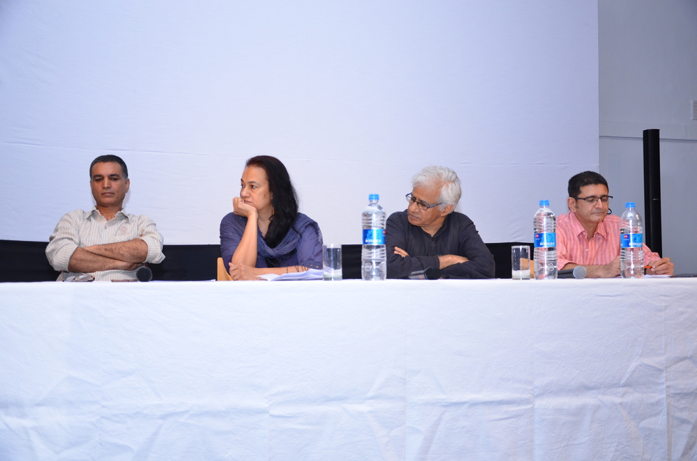 Panel 1 speakers in discussion