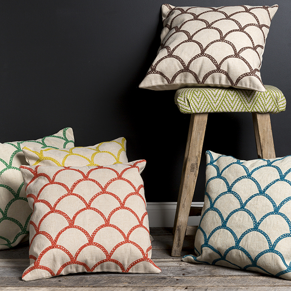 Organic-Design-Throw-Pillows2-600.jpg