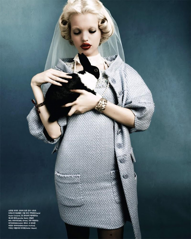 Daphne Groeneveld Vogue Korea 5.jpg