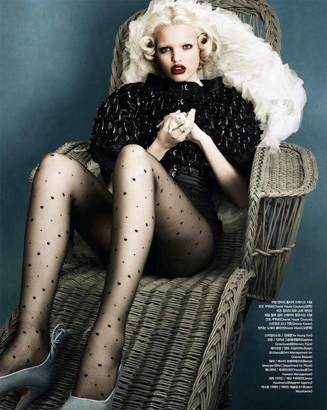 Daphne Groeneveld Vogue Korea.jpg