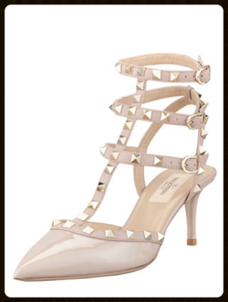 nude-valentino-rockstud-dressed-to-death.jpg