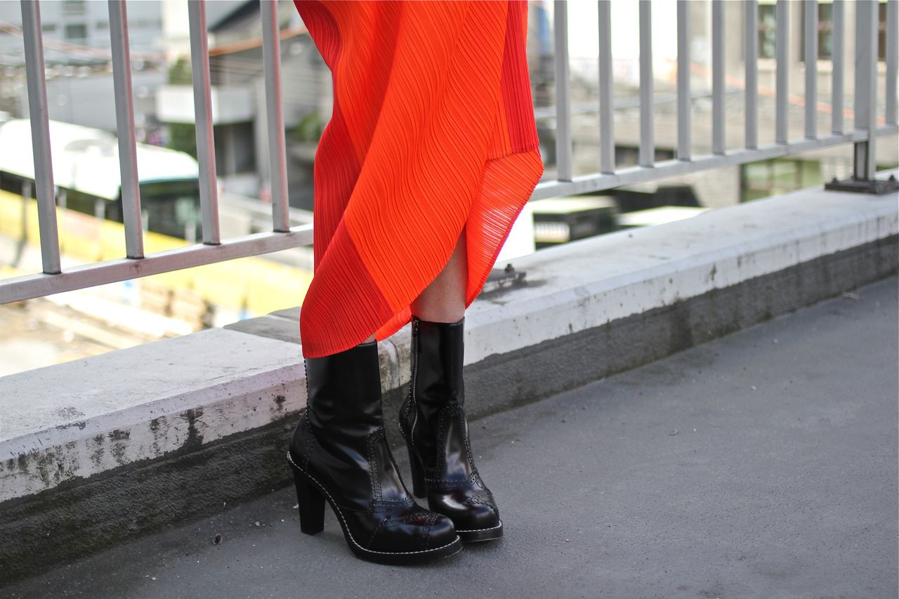 taille 40 2a8f7 3fb49 Issey Miyake & Balenciaga charity finds... — The Style Crusader