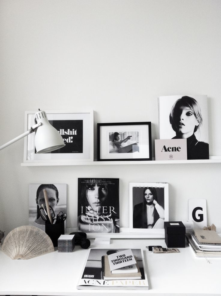 Black and white picture frames