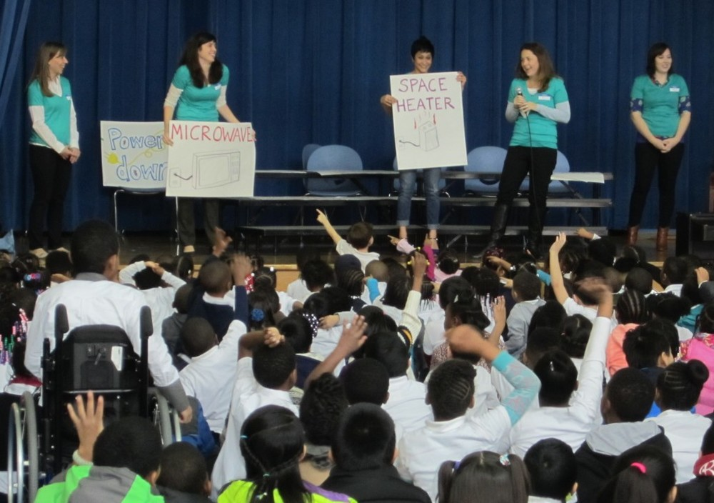 Volunteers from the USGBC Center for Green Schools give an energy presentation at Cleveland Elementary School.
