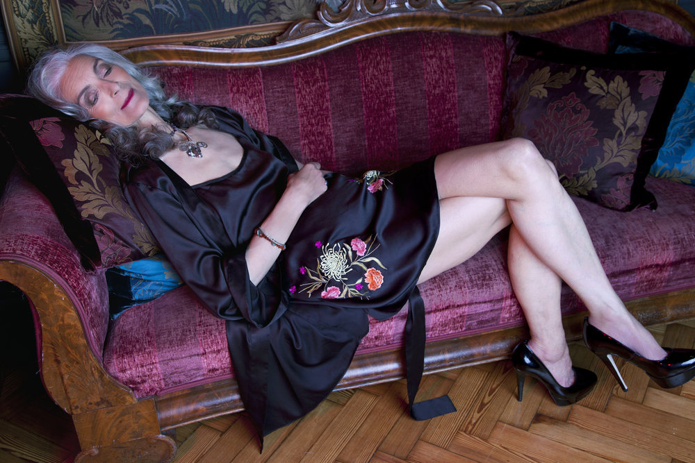 Pam relaxing in the  Jasmin robe and chemise
