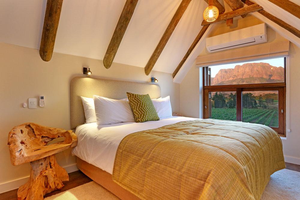 05 Skaaphouse Kira's bedroom view.jpg