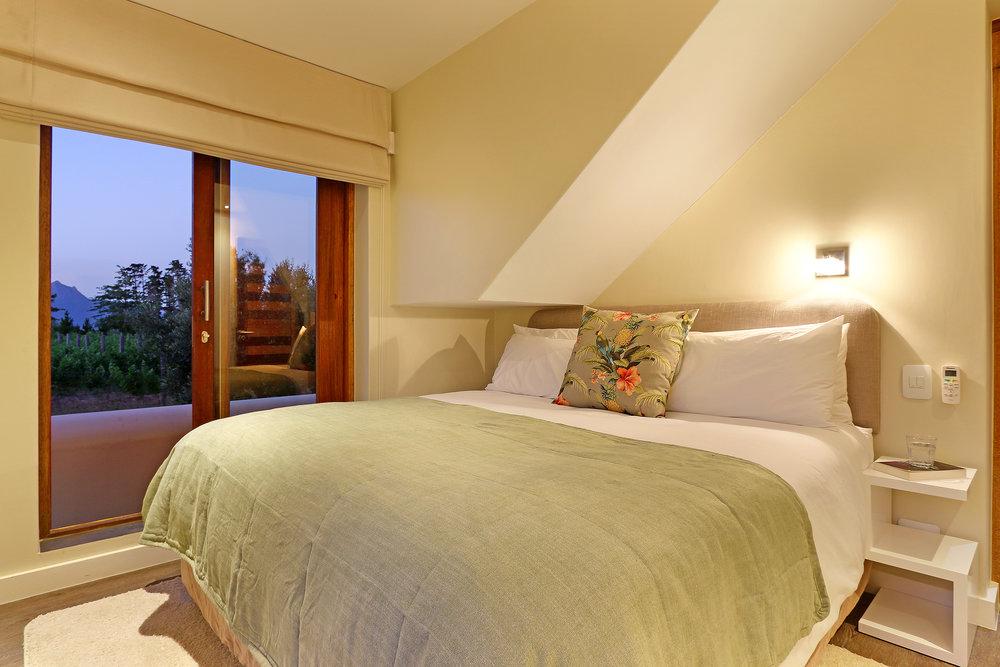 07 Skaaphouse Nathan's bedroom.jpg