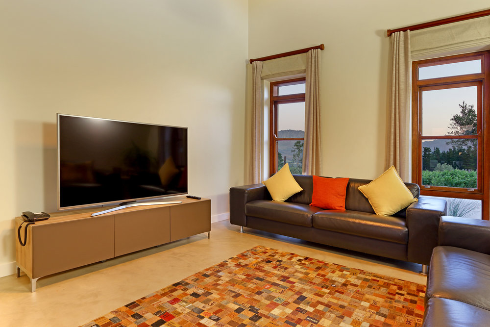 11 Skaaphouse TV room.jpg