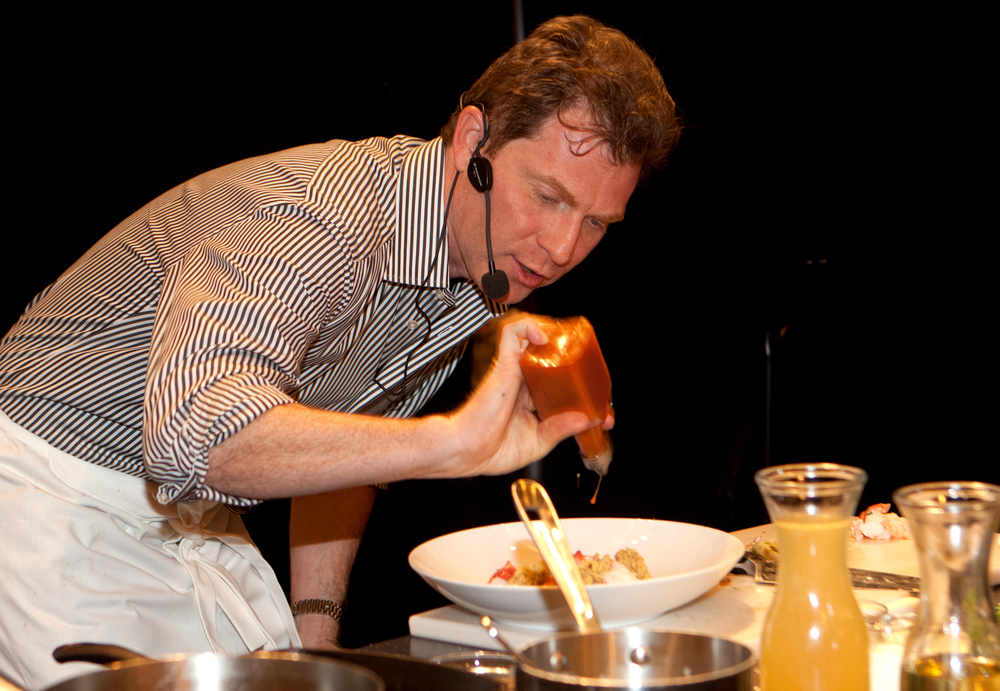 bobby-flay-cooking-demo